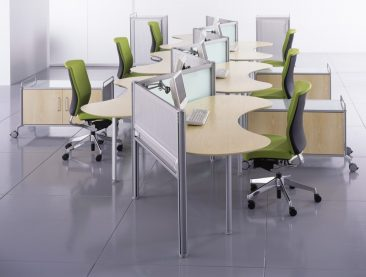 Intrigue bespoke desks
