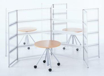 Freestanding glazed screens