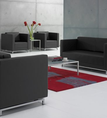 Dandy armchairs and sofas